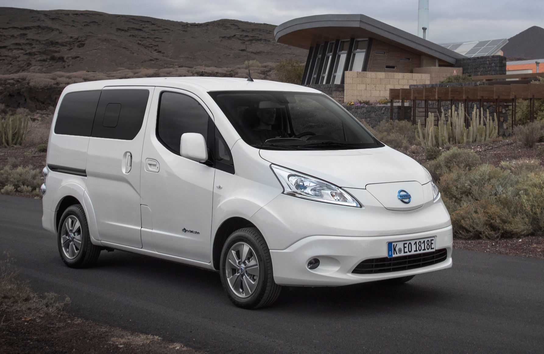 Nissan Nv Review >> Nissan e-NV200 Evalia review