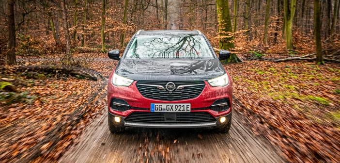 Opel Grandland X Hybrid4 review